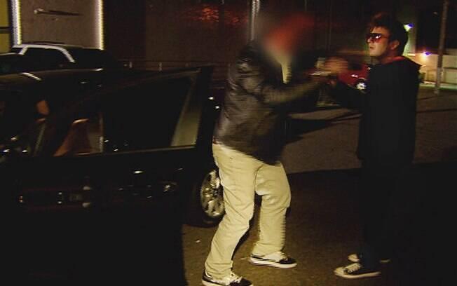 Repórter Elcio Coronato é agredido durante pauta em SP