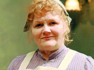 Mudanças. Na nova temporada, a cozinheira Sra. Patmore vai lidar com as transformações sociais e políticas da Inglaterra e a evolução de sua assistente Daisy, que decide começar a estudar