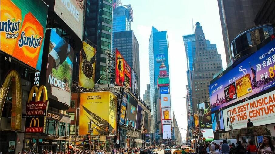 EUA: Tiroteio na Times Square deixa três pessoas baleadas, em Nova York