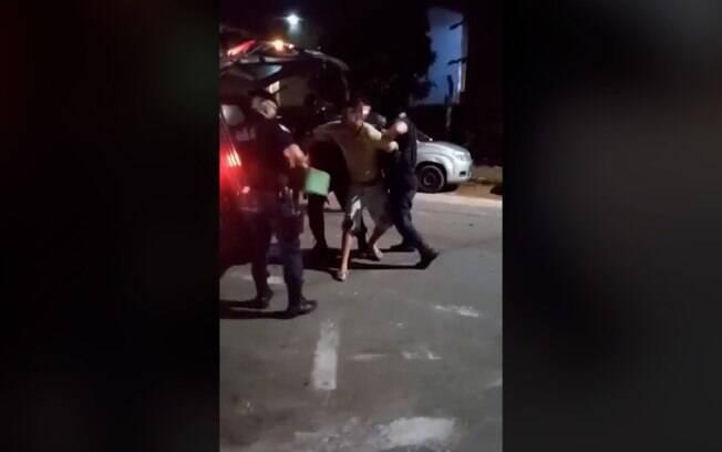 Homem é detido após confusão por fechamento de adega em Campinas