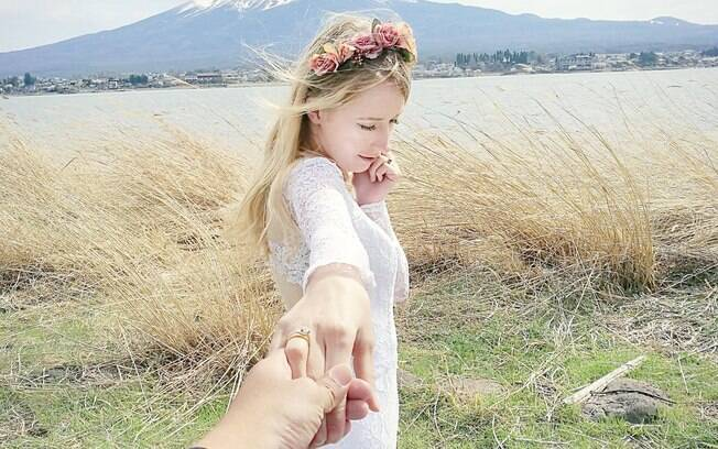 Ensaio fotográfico de Marta e Keow foi inspirado em outro casal, que escalou duas montanhas para as fotos do casamento