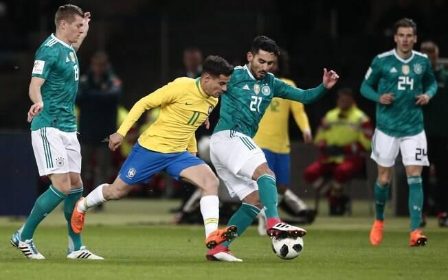 Brasil e Alemanha jogaram em março, seleção pentacampeã venceu, mas não ultrapassou a alemã no ranking da Fifa