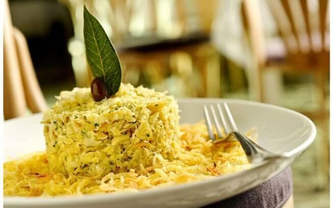 Bacalhau à Braz: receita clássica, feita com lascas, que agrada sempre