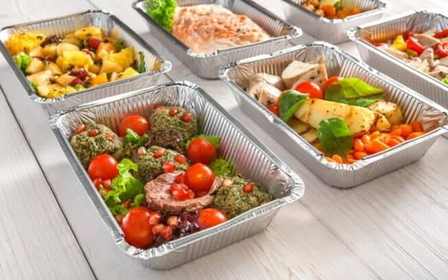 Sem tempo para cozinhar? Aprenda a preparar e congelar comida para a semana inteira
