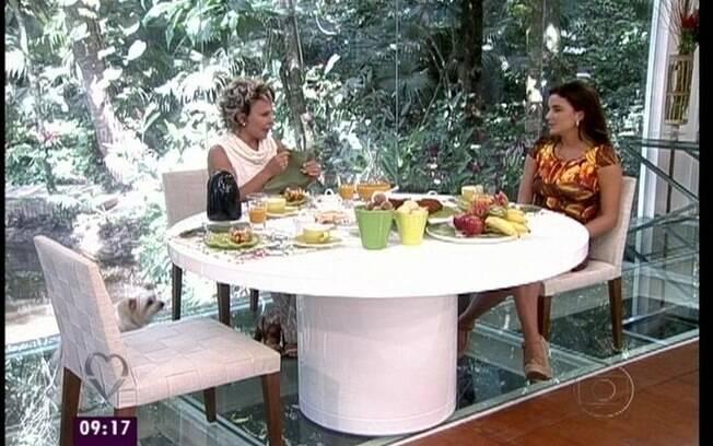 Laisa conversa com Ana Maria Braga no