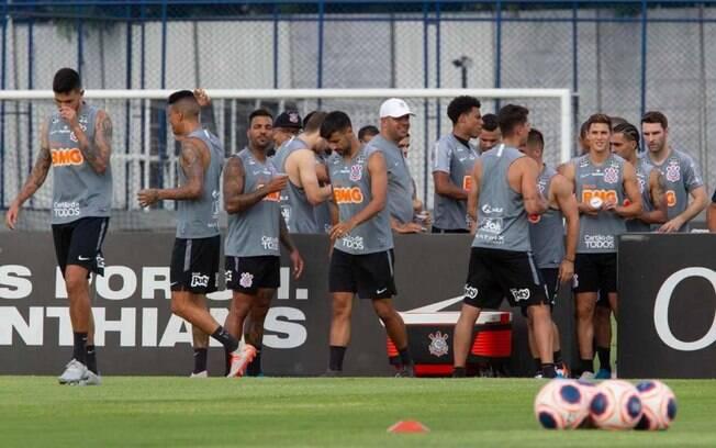Corinthians viaja para os EUA neste sábado (12)