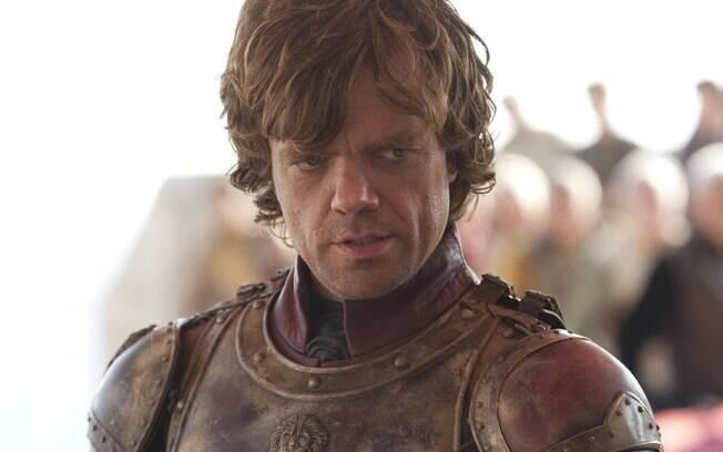 Tyrion (Peter Dinklage) teve que fugir de Porto Real dentro de um caixote