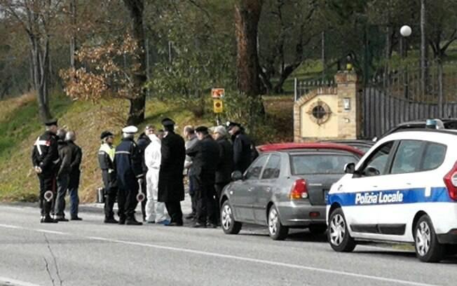 Jovem mulher foi esquartejada e teve as partes do corpo abandonadas em duas malas na Itália