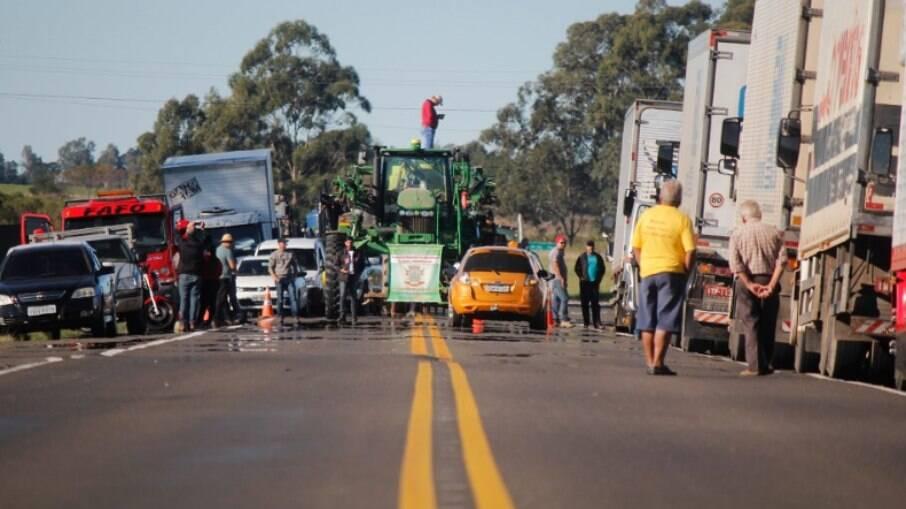 Caminhoneiros terão limite de R$ 300 mil em declarações anuais para se encaixarem como MEI