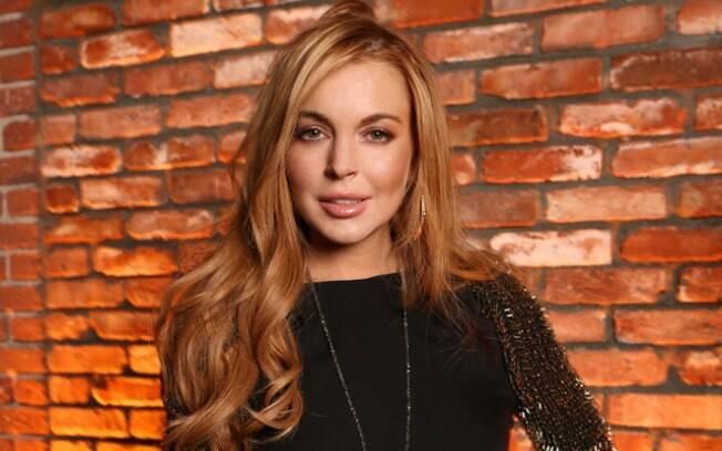 Lindsay Lohan diz que freios de seu carro falharam na hora do acidente