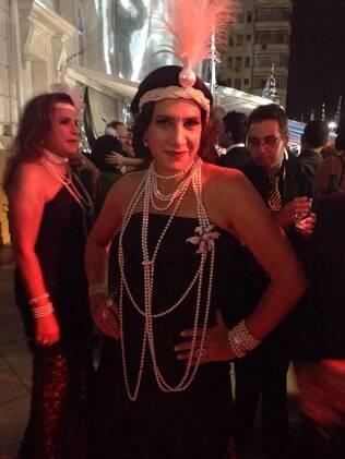 Totia Meireles em baile de gala no Rio de Janeiro