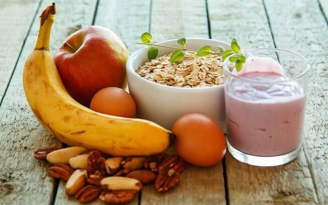 Café da manhã e as refeições ao longo do dia devem fornecer energia e estimular o corpo