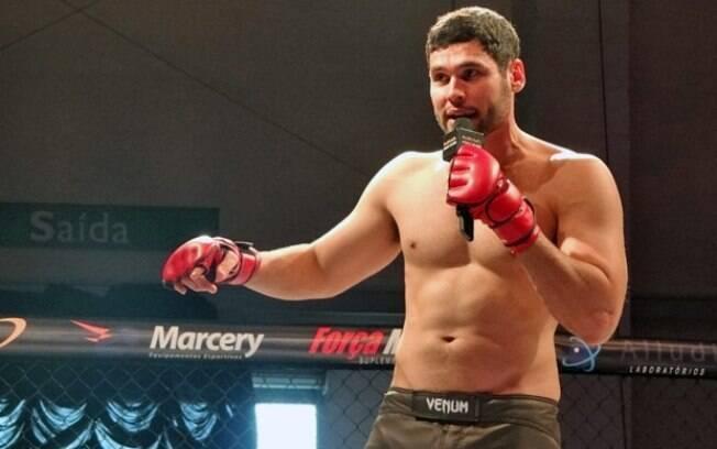 Impedido de lutar, Wallace Mu vira personal trainer