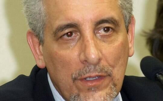 Ministério Público da Itália entra com recurso para extraditar Pizzolato do país - Política - iG