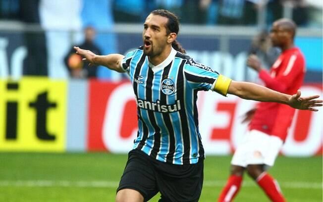 Barcos marcou para o Grêmio no Gre-Nal