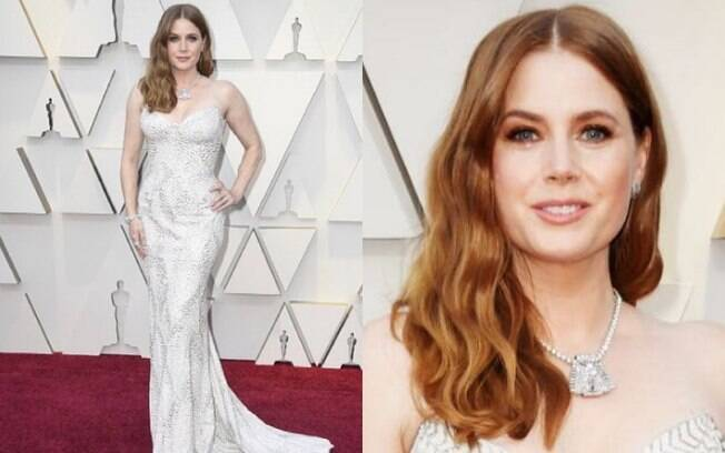 Looks das famosas: O vestido de modelo sereia Versace que Amy Adams usou no Oscar 2019 possuia inspirações art déco