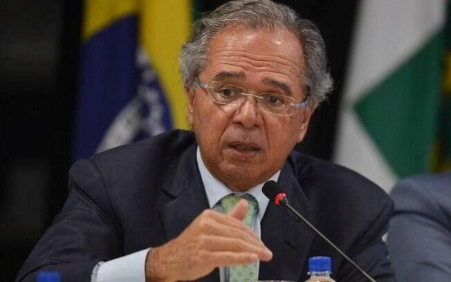 Ministro da economia Paulo Guedes conseguiu avançar mais que o governo argentino nos últimos quatro anos