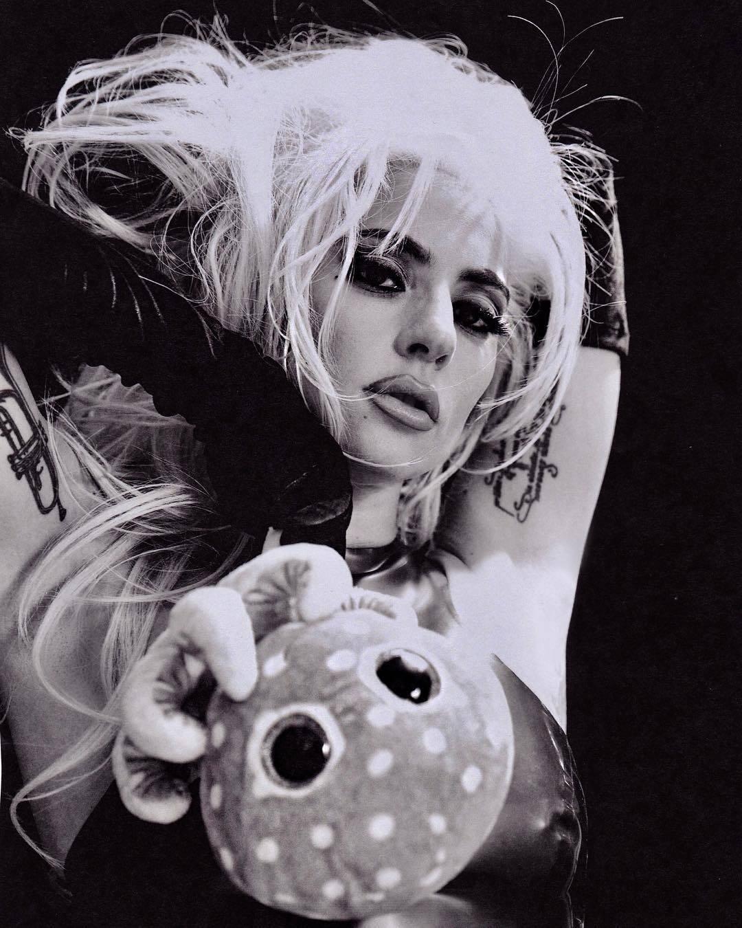 Lady Gaga abusa da sensualidade em suposta nova fase. Foto: Reprodução / Instagram