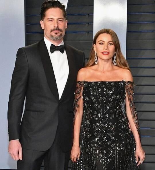 Atriz Sofia Vergara e o amado, o ator Joe Manganiello, na cerimônia do Oscar no último domingo (04). Foto: Reprodução Instagram