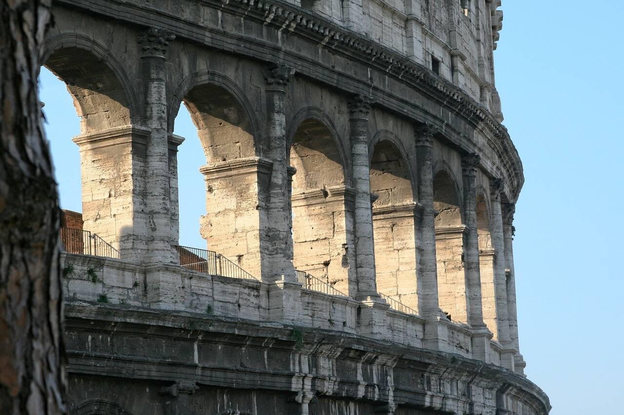 Arcos do Colisey. Foto: DomyD/Pixabay