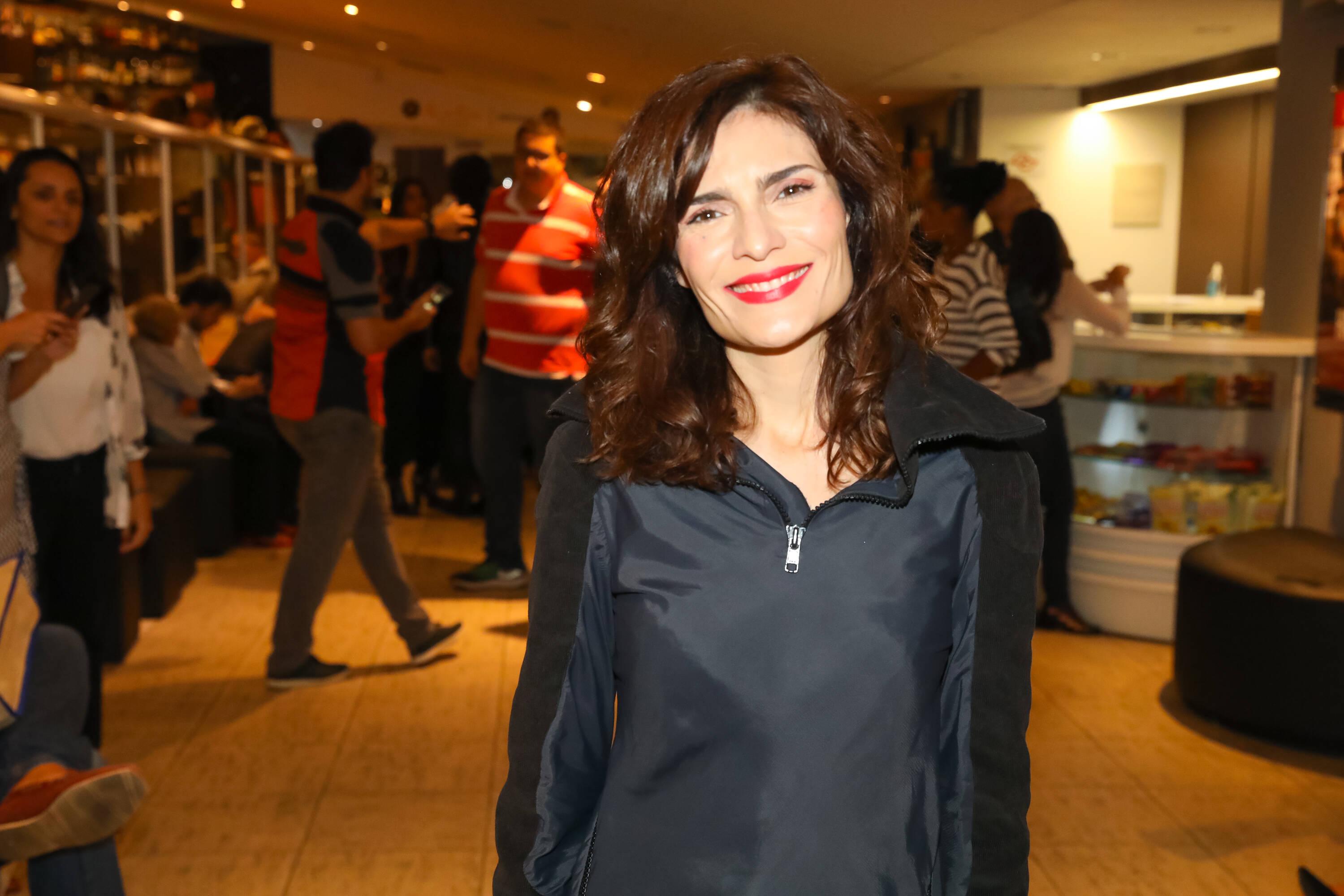 """Arieta Correa na pré-estreia de """"Happy Hour – Verdades e Consequências"""" . Foto: Divulgação/Agência Febre"""