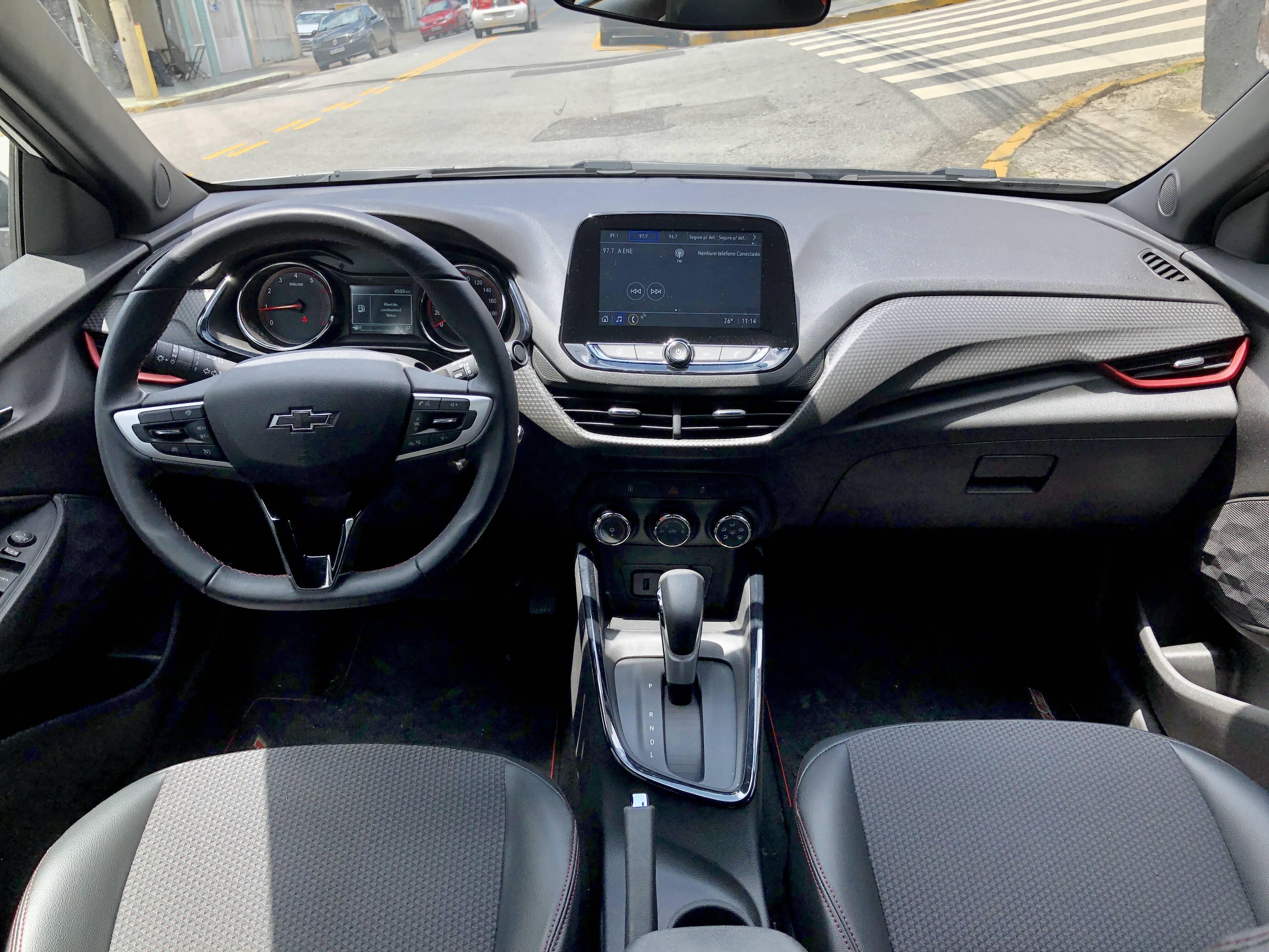Chevrolet Onix RS. Foto: Divulgação