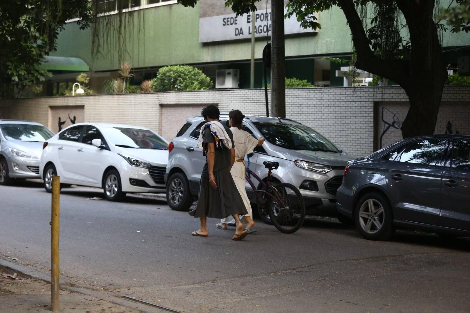 Luisa Arraes e Caio Blat em passeio no Rio de Janeiro. Foto: AGNEWS/Rodrigo Adao