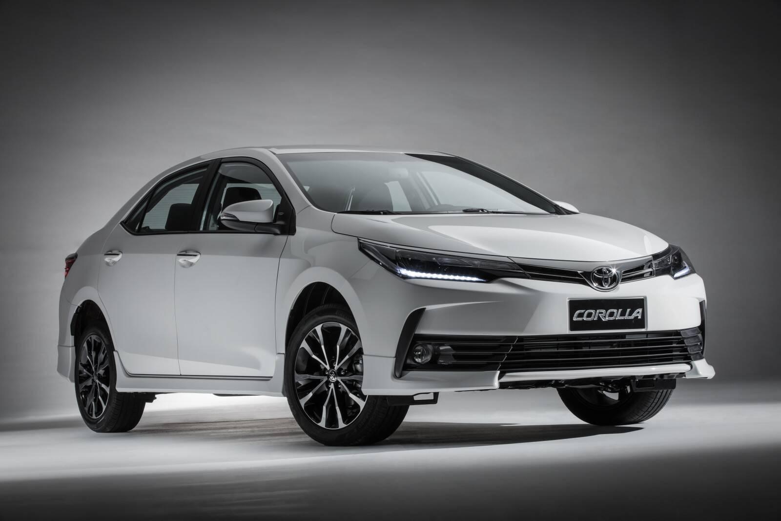 Toyota Corolla: mesmo sem mudar de geração, o tradicional sedã japonês passou de 54 mil vendas no acumulado do ano. Foto: Divulgação