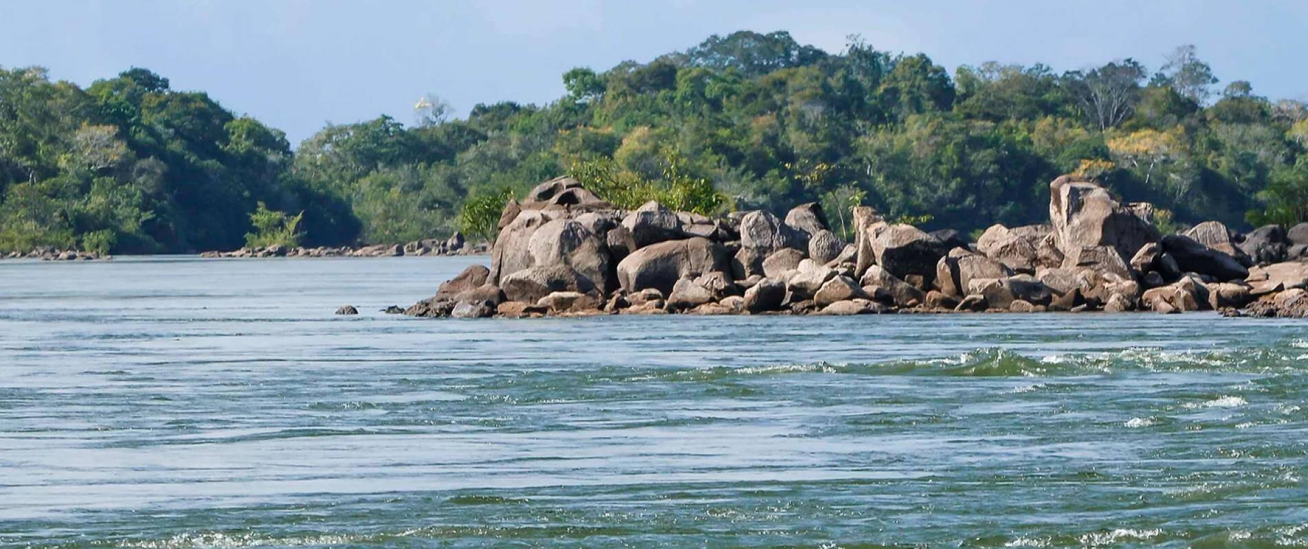 Você também pode nadar e banhar-se nas águas do Rio Xingu, que corta todo o estado do Pará de Norte a Sul, em Altamira. Foto: Divulgação