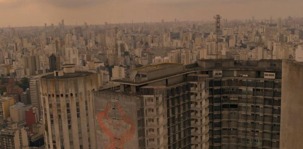 Cena que mostra o Edifício Copan. Foto: REPRODUÇÃO/ NETFLIX
