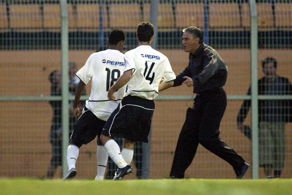 Com vitórias magras, o Corinthians se recuperou e terminou o Brasileirão em quinto lugar, cinco pontos atrás da zona da Libertadores. Foto: MARCO FERRELLI/Gazeta Press