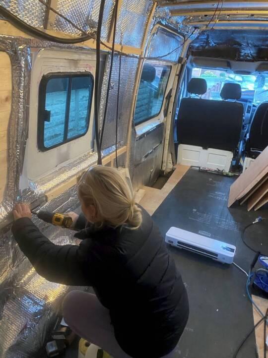 Olivia ficou encarregada da reforma. Foto: Reprodução/Metro UK