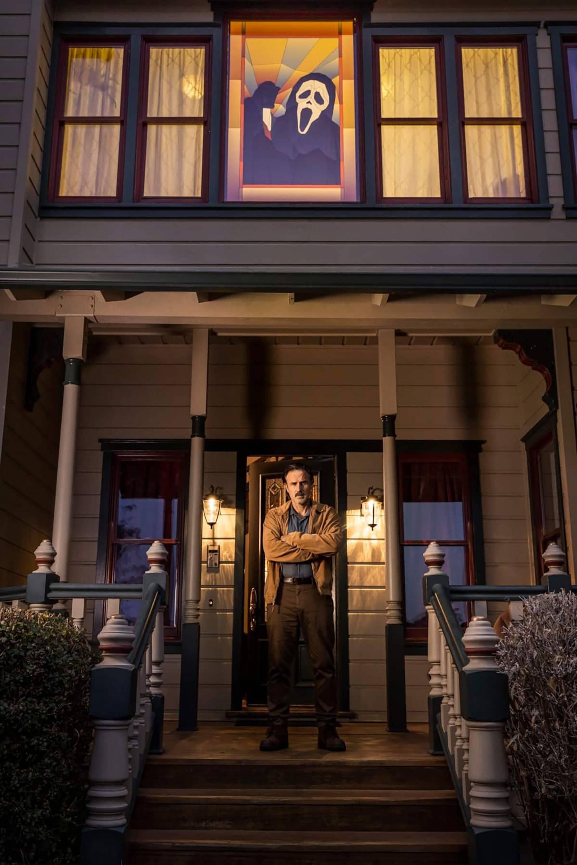 Hóspedes vão ganhar boas-vindas virtuais do próprio Xerife Dewey, David Arquette. Foto: Reprodução/Airbnb