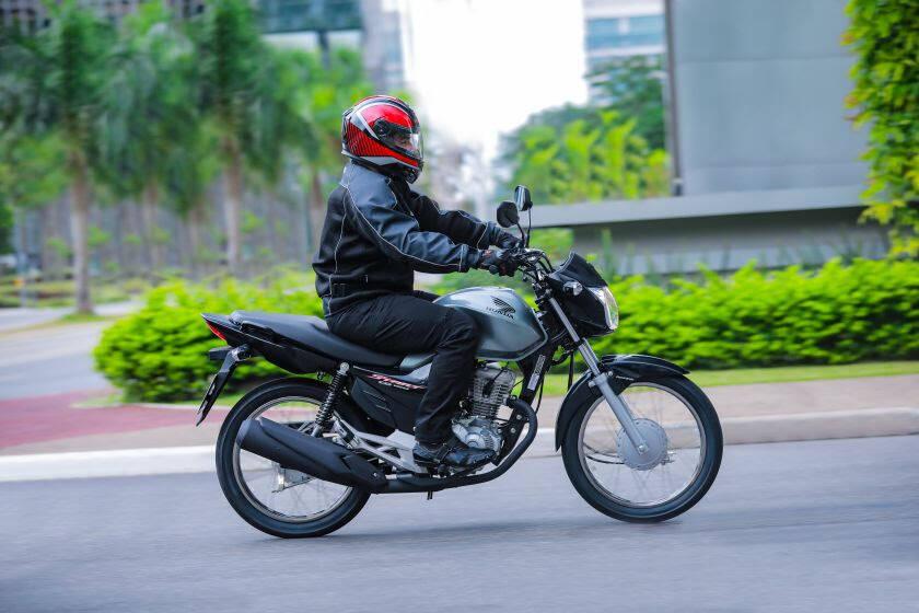 Honda CG 160 2022 ganhou novo design e novas cores.. Foto: Divulgação