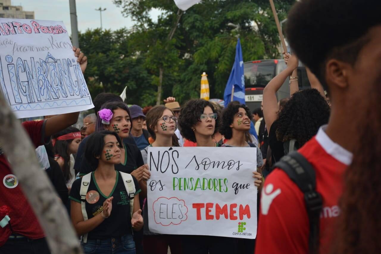 Manifestações a favor da educação 30/05. Foto: Larissa Pereira - iG Último Segundo