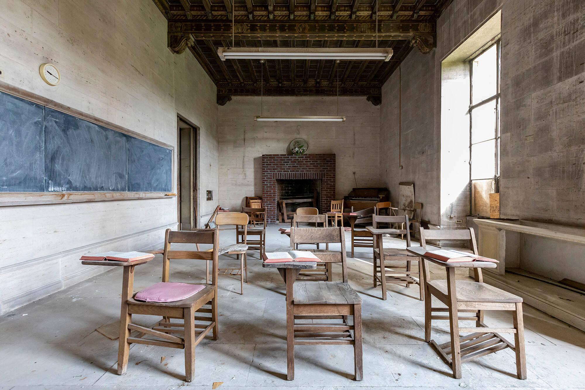 Sala . Foto: Reprodução/ Abandoned Southeast