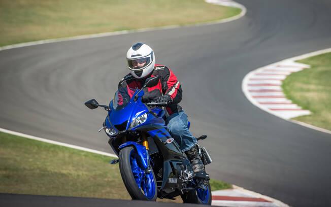 Yamaha YZF-R3 2020. Foto: Divulgação