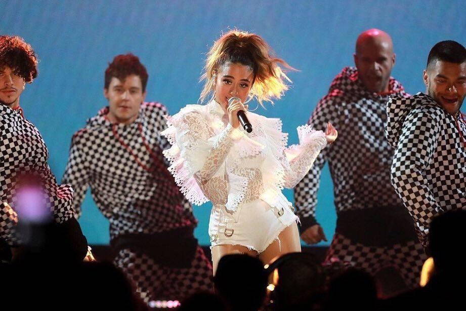 Ally Brooke chega ao Brasil. Cantora ganhou fama ao participar do Fifith Harmony. Foto: Reprodução / Instagram