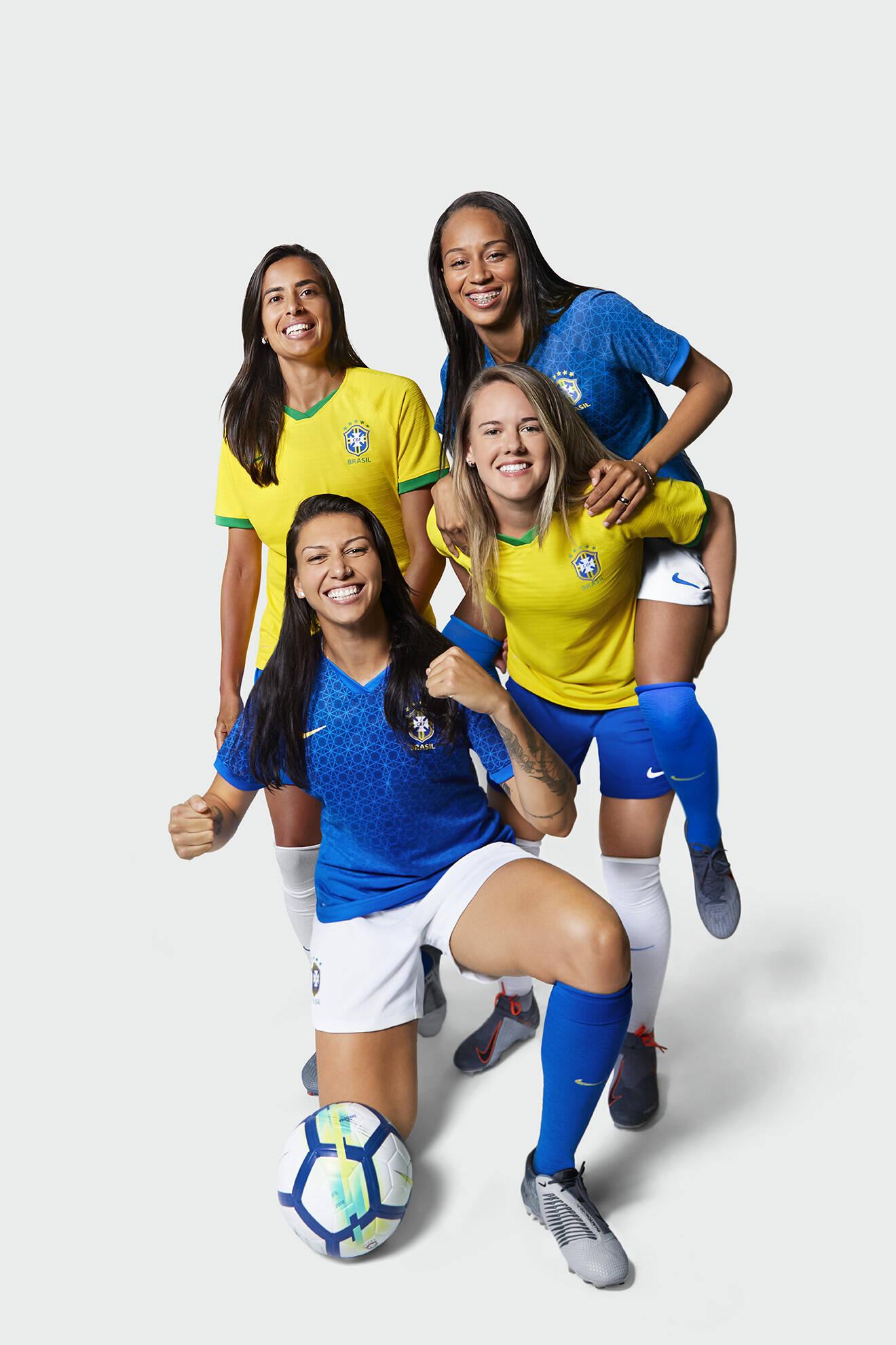 As novas camisas da seleção brasileira feminina para Copa do Mundo de 2019. Foto: Divulgação/Nike
