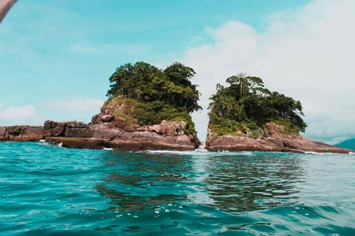 A Ilha da Selinha é considerada como a menor praia do mundo. Foto: Reprodução/Pinterest