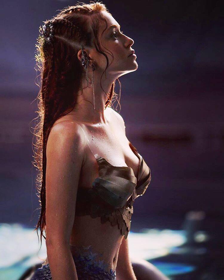 Marina Ruy Barbosa fazendo um cosplay de sereia! . Foto: Reprodução/Instagram