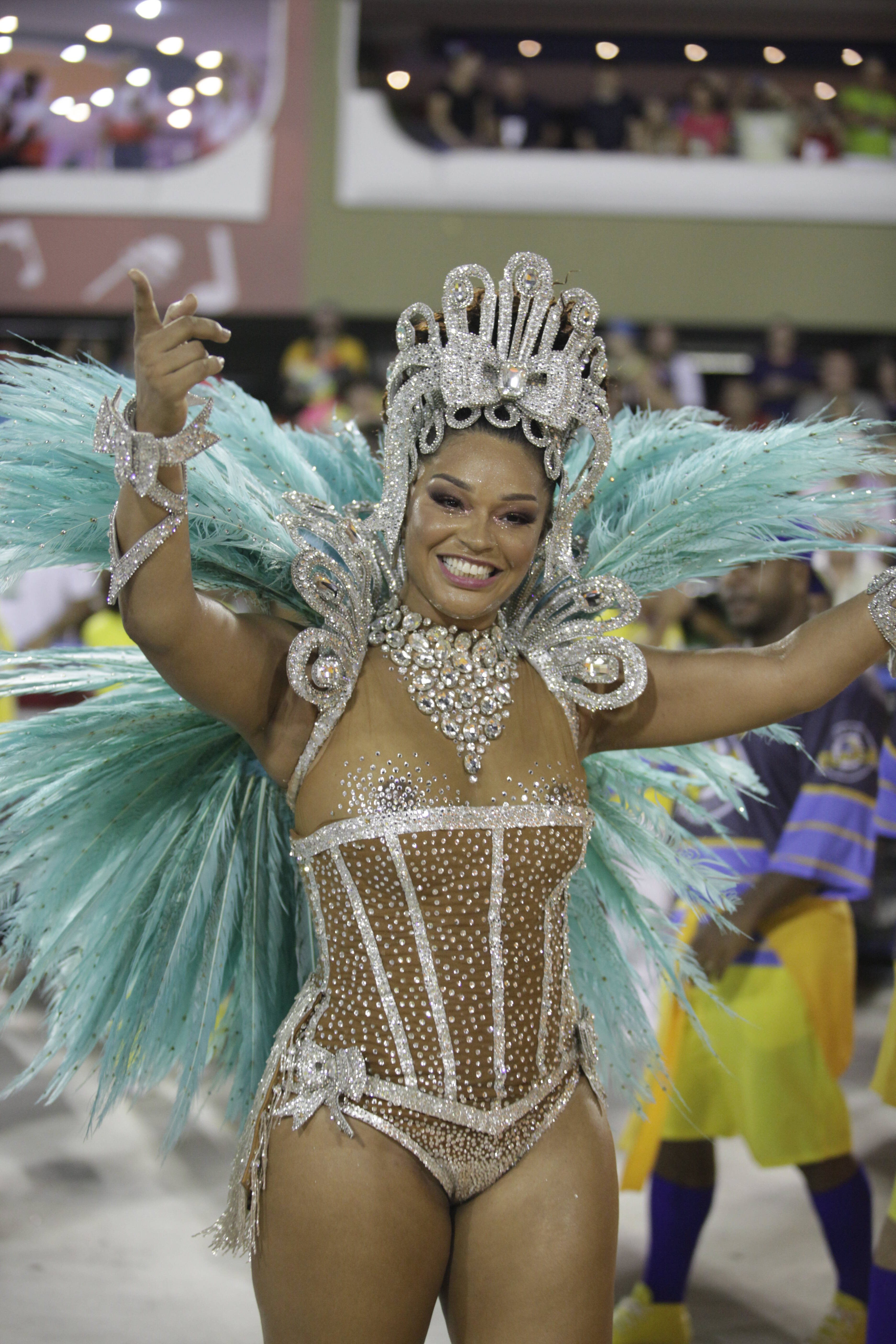 Musas desfilam no segundo dia de desfile do Rio de Janeiro. Foto: Flickr/RioTur