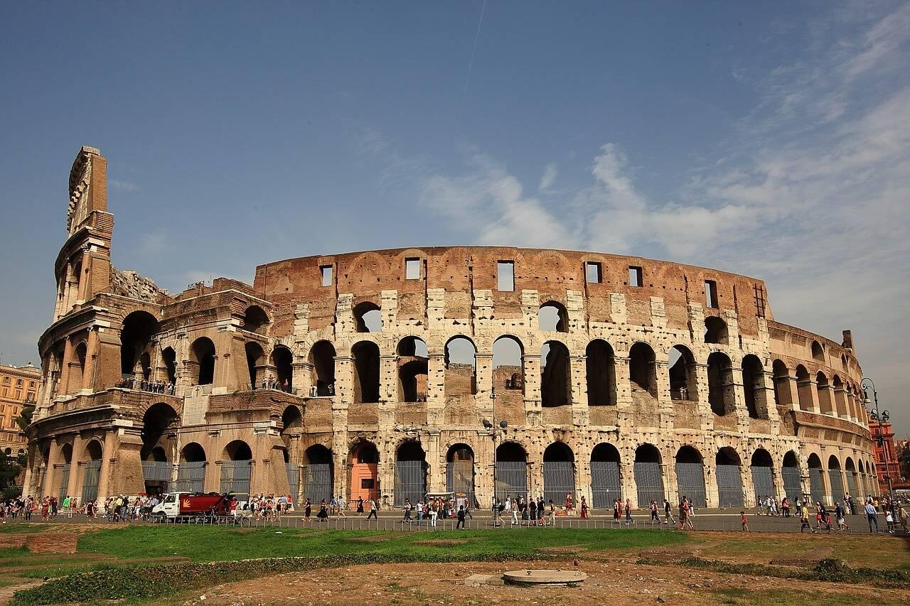"""Chamado inicialmente de """"Anfiteatro Flaviano"""", o Coliseu foi inaugurado no ano de 80. Foto: SungRae_Kim/Pixabay"""