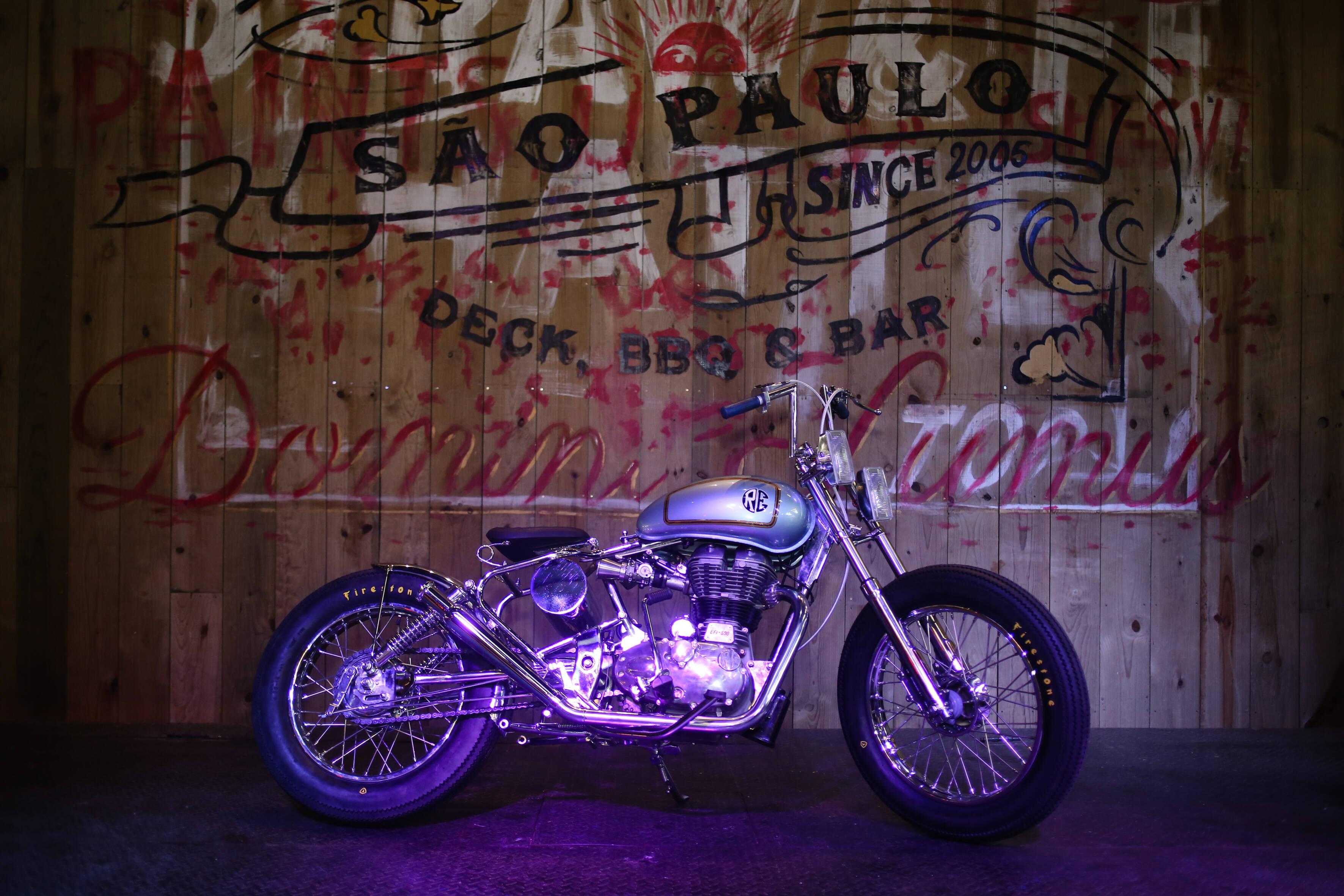 As motos são customizadas por oficinas nacionais de personalização, o que condiz com o perfil de seus compradores. Foto: Divulgação