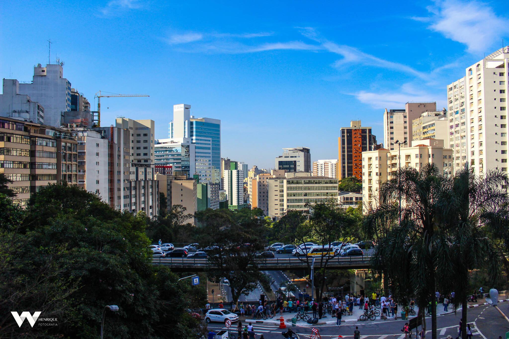 O Mirante do Masp, ou vão livre do Masp, proporciona uma das mais belas vistas de São Paulo. Foto: Reprodução/Flickr/Wadson Henrique Ferreira