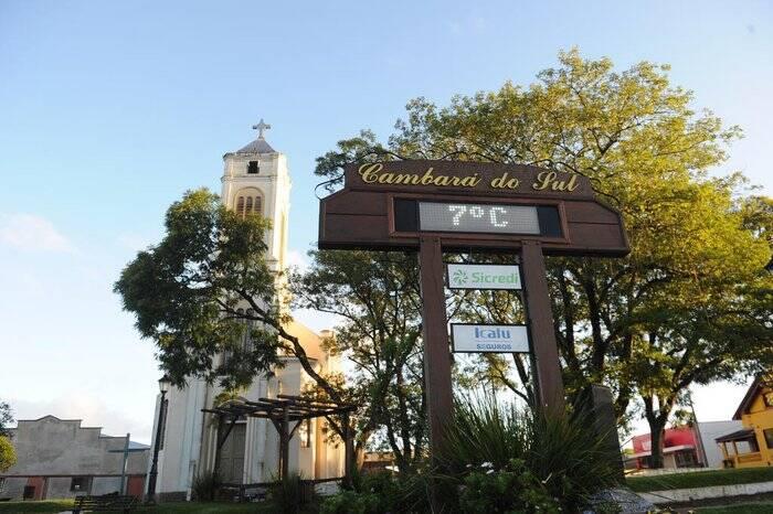 Letreiro próximo à Igreja Matriz São José. Foto: Reprodução