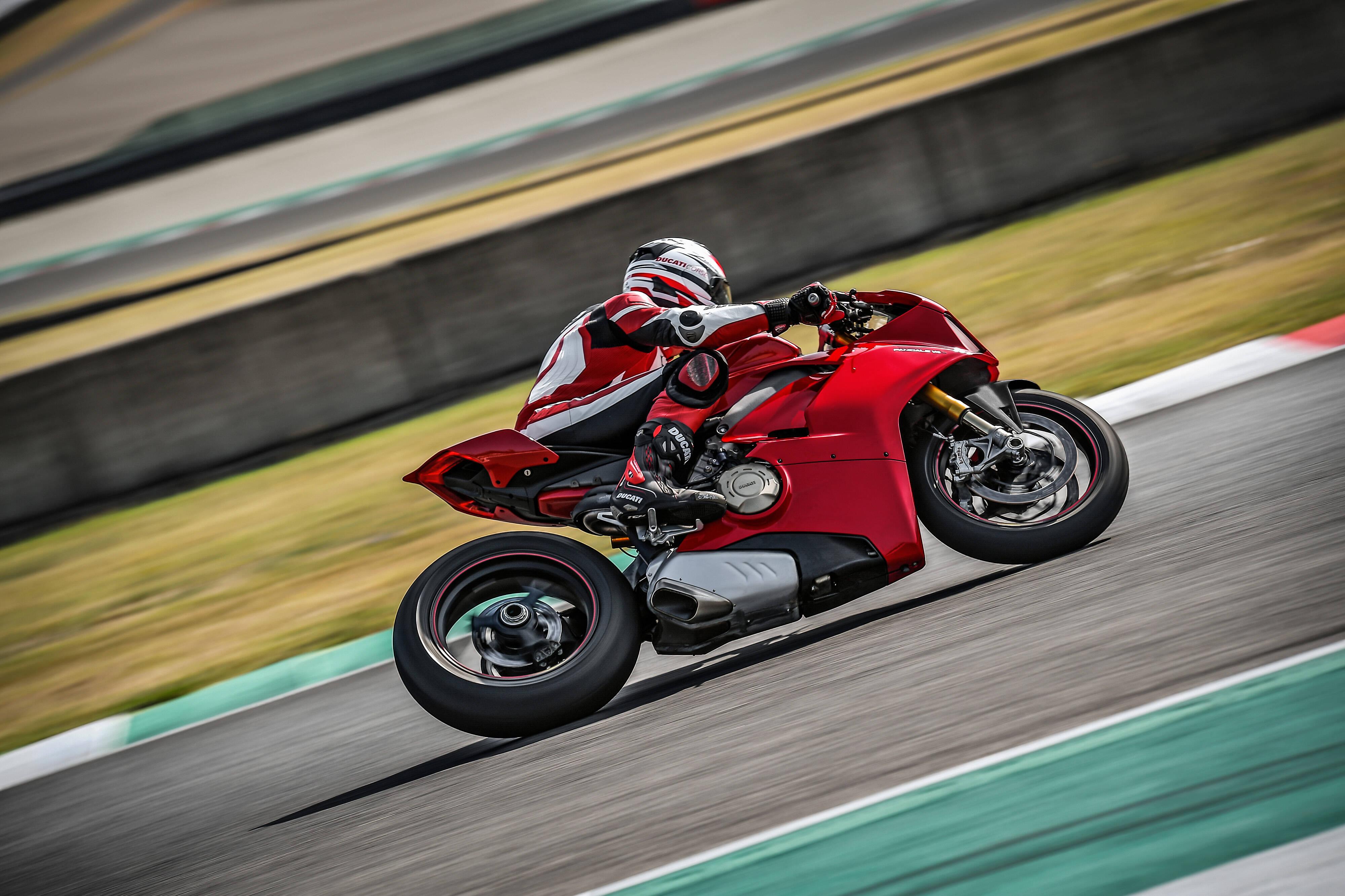 Ducati Panigale V4 S. Foto: Divulgação