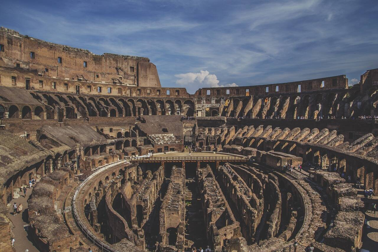 Interior do Coliseu. Foto: Ichigo121212/Pixabay