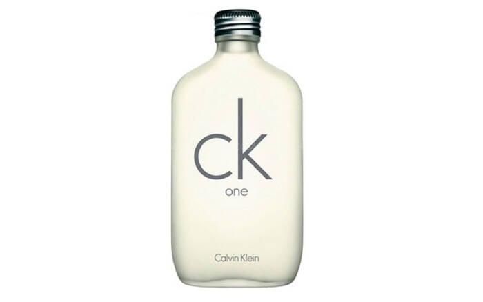 CK One Unissex Eau de Toilette, da Calvin Klein, por R$252,00. Foto: Divulgação