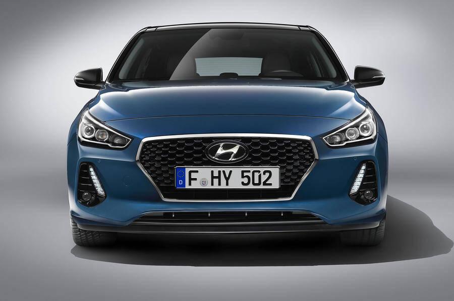A terceira geração do Hyundai i30 ficou maior e estreia o novo motor 1.4 turbo de 140 cv. Foto: Divugação/Hyundai